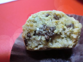 Fat free Oatmeal Raisin Cookie Dough Bites (Raw & Vegan)